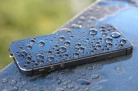 Nhận biết iPhone đã bị vào nước hay chưa