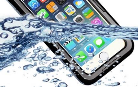 chong nuoc iphone