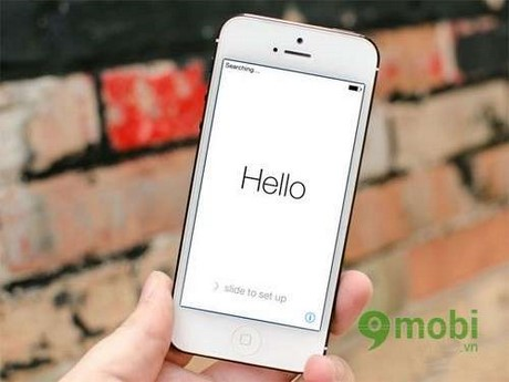 nhan biet iphone bi khoa icloud hay khong